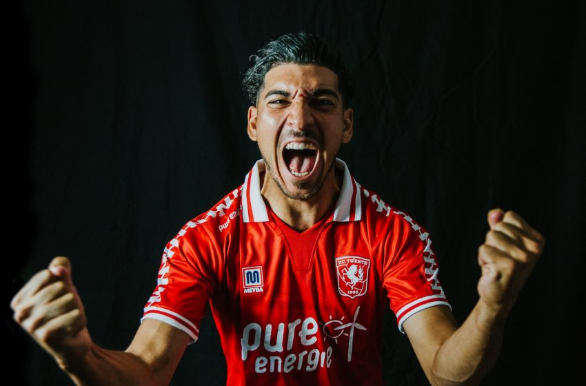 FC Twente reforça ataque com Dimitrios Limnios