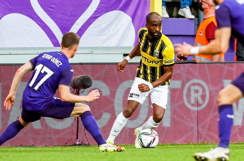 RSC Anderlecht perde pênalti no final do jogo, mas Vitesse volta da Bélgica com um empate