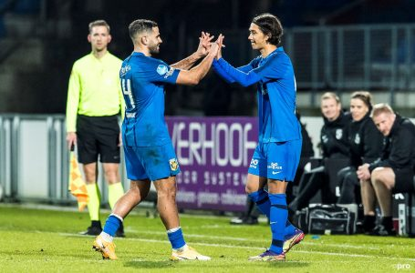 TILBURG – 17-12-2020, Koning Willem II stadion. Dutch TOTO KNVB beker football, eredivisie, season 2020-2021.   player substitution Vitesse player Enrico Hernandez plays his first match and debuting during the match Willem II – Vitesse, cupmatch.  Final score 0-2.