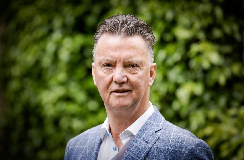 Louis van Gaal terá pouco tempo para montar uma forte seleção holandesa