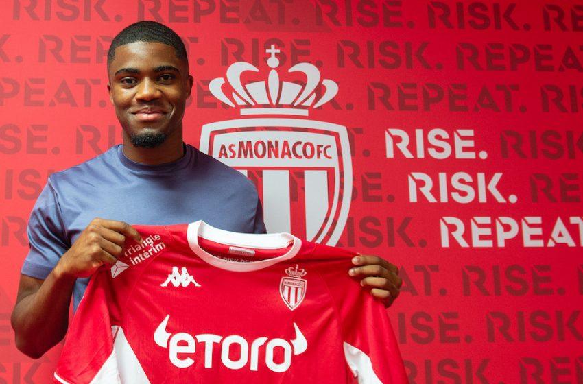 Myron Boadu assina com o AS Mônaco