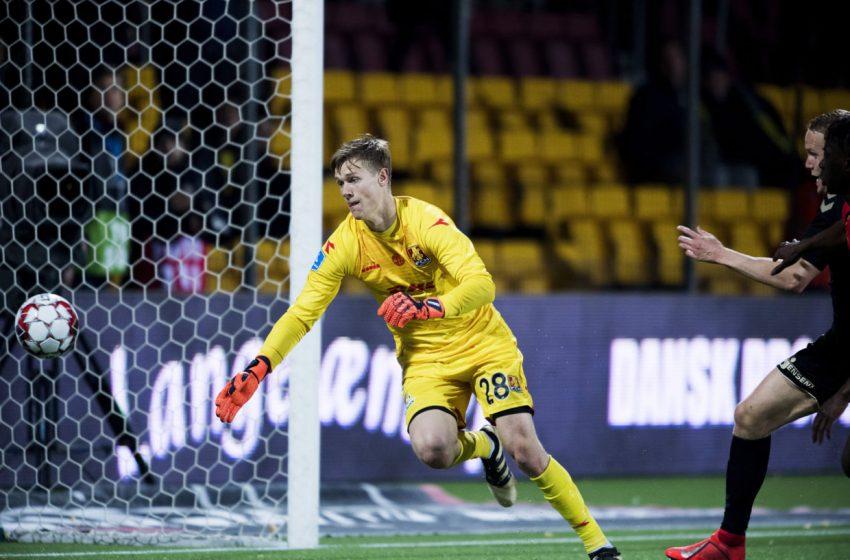 AZ Alkmaar mira as contratações de Aslak Witry e Peter Vindahl-Jensen