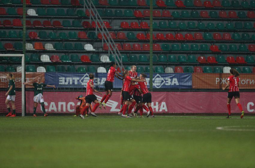PSV vence Lokomotiv Moscou e jogará contra o Arsenal na Liga dos Campeões Feminina