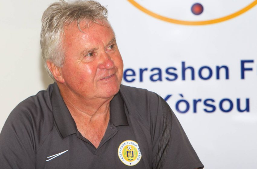 Guus Hiddink deixa o comando da seleção de Curaçao e indica aposentadoria
