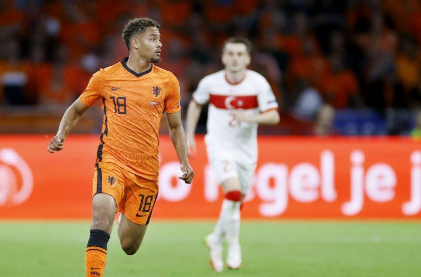 Erwin van de Looi divulga convocação da Holanda U21 com Devyne Rensch