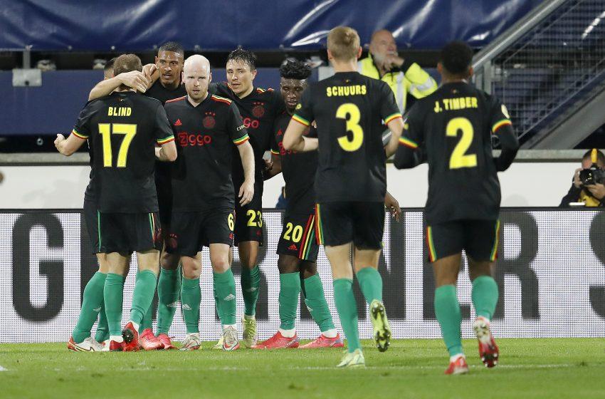 David Neres marca e Ajax vence SC Heerenveen por 2 a 0
